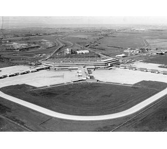 tullamarine-airport-open-1970